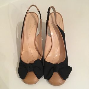 Kate Spade Sz 9 Black/Tan Sling Back Pump w/ Bow